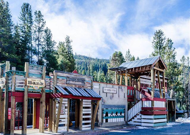 Miner's Playground, Keystone