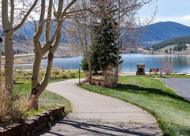 Path from Sail Lofts to Lake Dillon