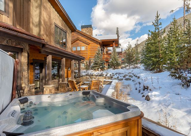 Private hot tub on the back patio