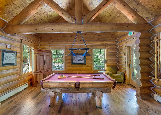 Settler's Creek pool table