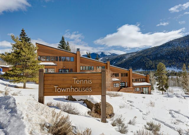 Tennis Townhomes in Keystone