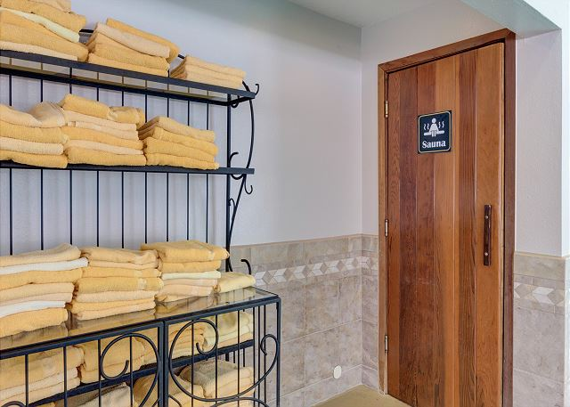 East Lake Clubhouse Sauna