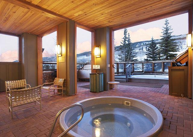 Shared Hot Tubs at Buffalo Lodge