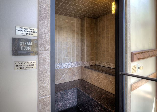 Shared Steam Room at Red Hawk Lodge