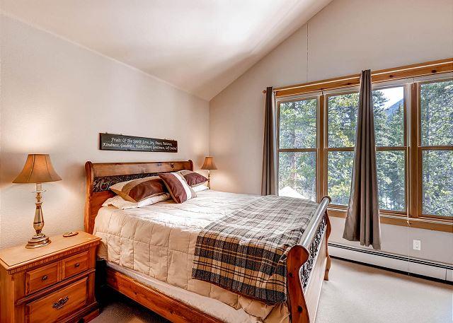 Master Bedroom (new photo coming soon)