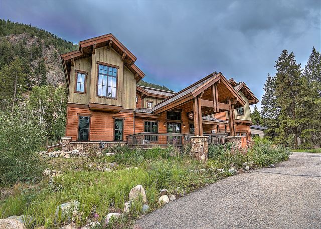 1608 Soda Ridge in Keystone