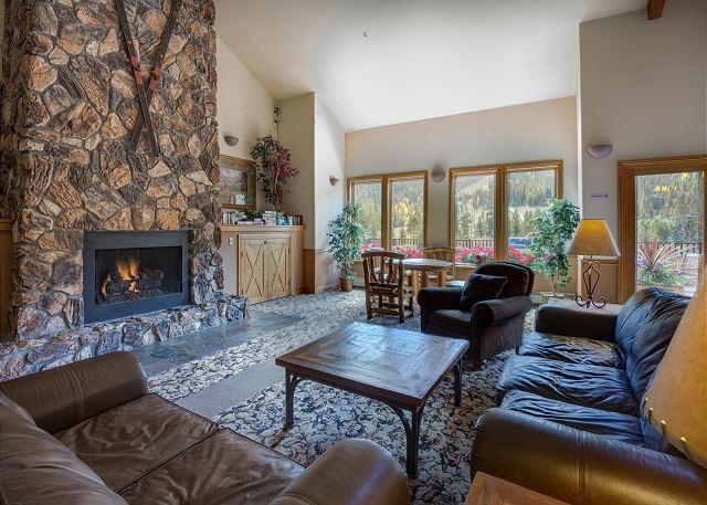 Hidden River Lodge Lobby