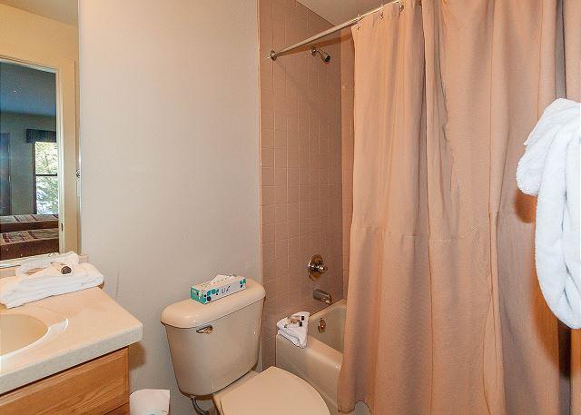 Third Guest Bedroom En Suite Bathroom