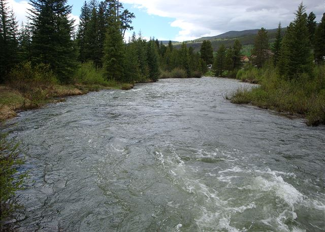 Snake River winds through Keystone.