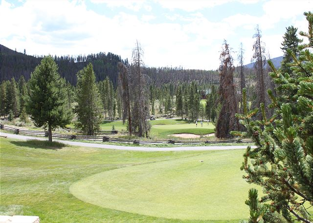 One of two championship golf courses located in Keystone