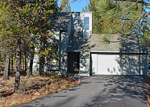Located on the North End of Sunriver with A/C