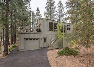 Pineridge #5--Sunriver Vacation Rentals Near Fort Rock Park with Sharc Passes