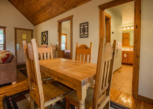 Peaceful Path Cabin Pet Friendly Vacation Rental In