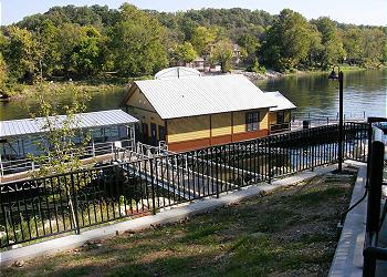 Fort Taneycomo 2 Bedroom 2 Bath Condo Rental In Branson