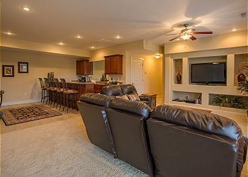 5 bed vacation homes in branson missouri sunset nightly rentals rh sunsetnightlyrentals com 5 bedroom condo branson mo