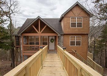 Whispering Woods Lodge - Sleeps 6 / 87781