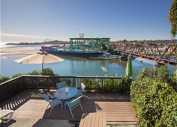 Surprising Santa Cruz Vacation Rentals Beach Houses Condos More Download Free Architecture Designs Embacsunscenecom