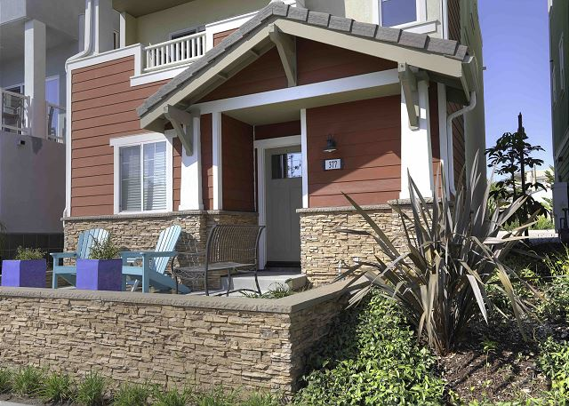 Welcome to Pismo Good Life located on Wadsworth just steps from the Pismo Beach downtown and beach.