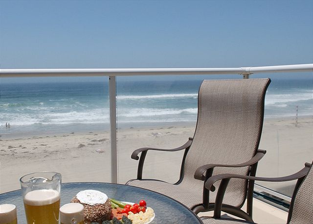Fabulous oceanfront penthouse on the boardwalk! - San Diego, California