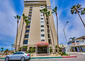 4767 Ocean Blvd #703 - High Surf