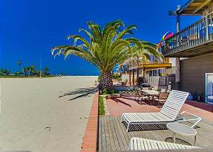 2626 Ocean Front Walk - Treasure Island