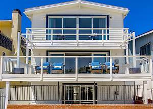 2605 Ocean Front Walk - Seas The Day