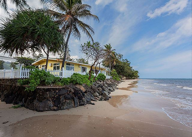 Gidget S Beach Bungalow Beachfront