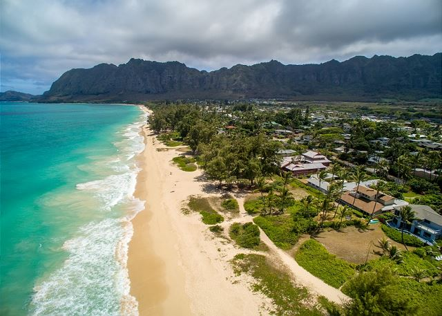 * Waimanalo - Beachfront