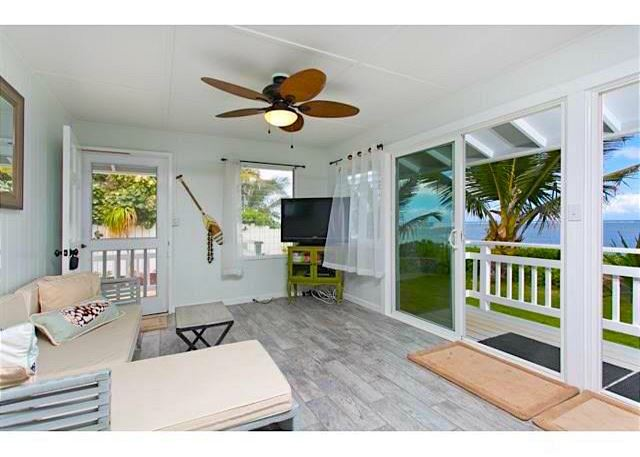 * Eden by the Sea - Beachfront Bungalow B