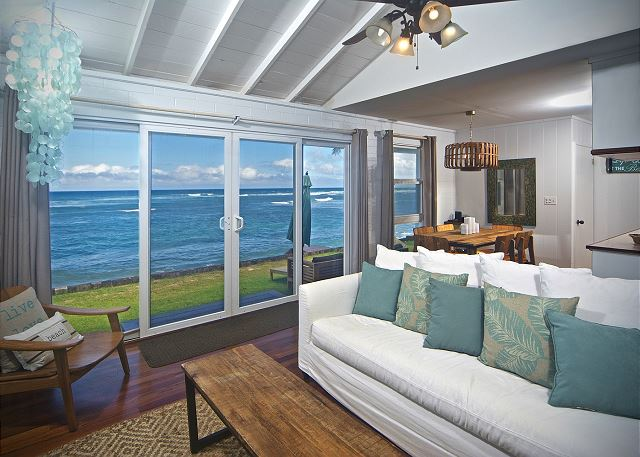 * The Coral Home - Beachfront