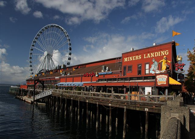 Seattle's Great Wheel - our newest attraction