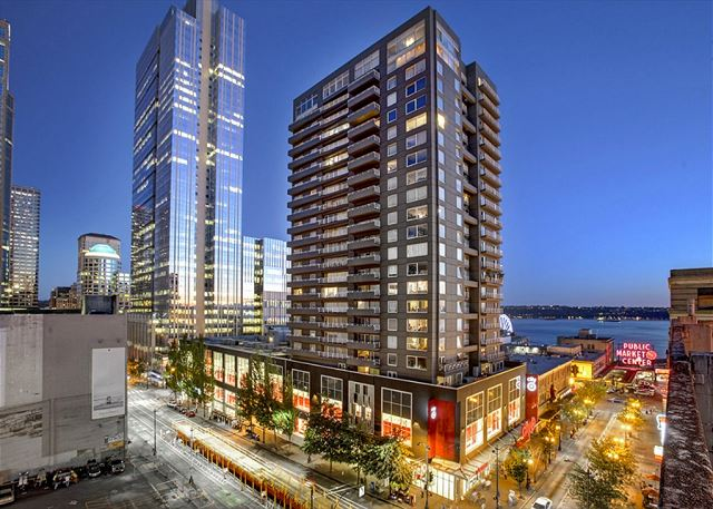 Newmark Tower is the ideal location for your Seattle vacation!