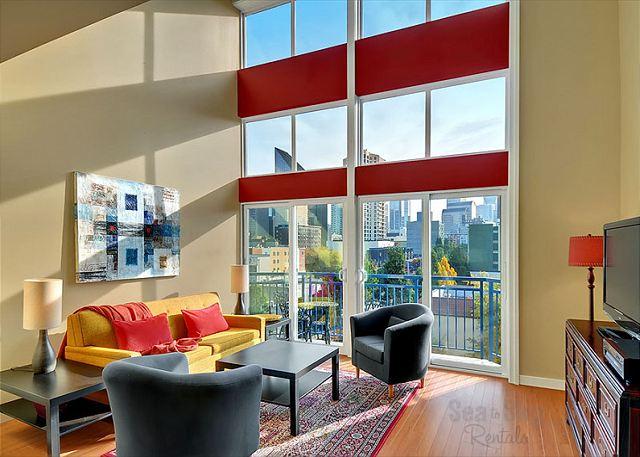 Gorgeous, open floor plan with floor to ceiling windows.