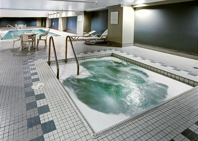 Amenities include spacious hot tub and sauna