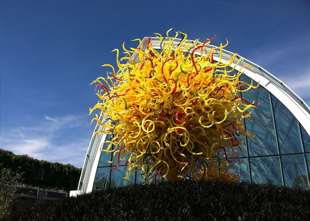 Walk to the Chihuly Museum, Seattle Center's latest attraction