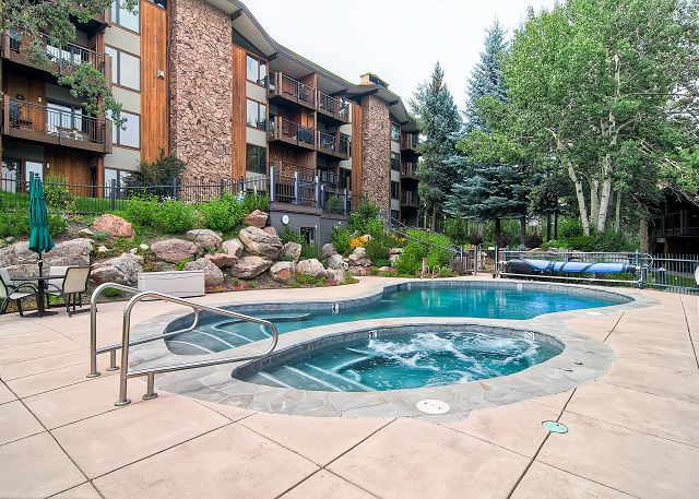 Shadowbrook has a heated pool and 2 hot tubs in our courtyard.  A fun spot to apre' ski.