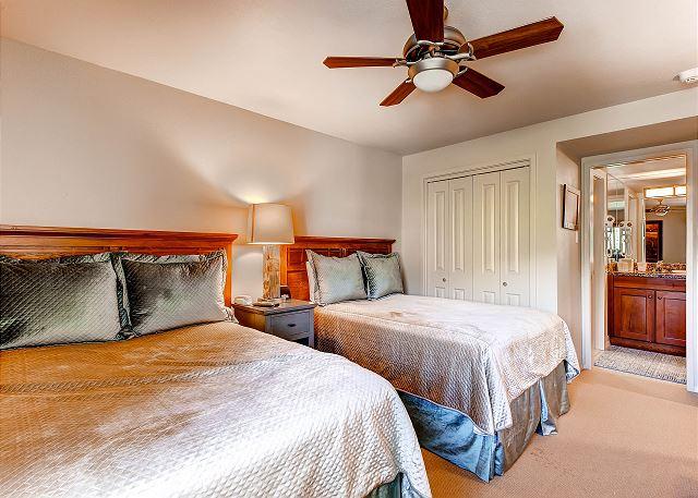 2nd Bedroom with 2 Queen