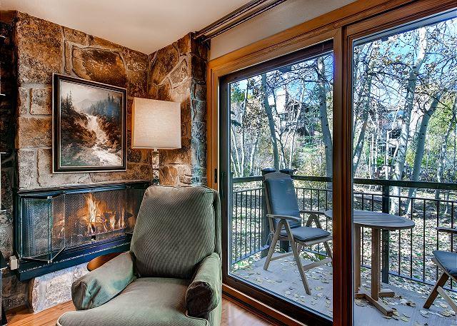 Balcony gas fireplace