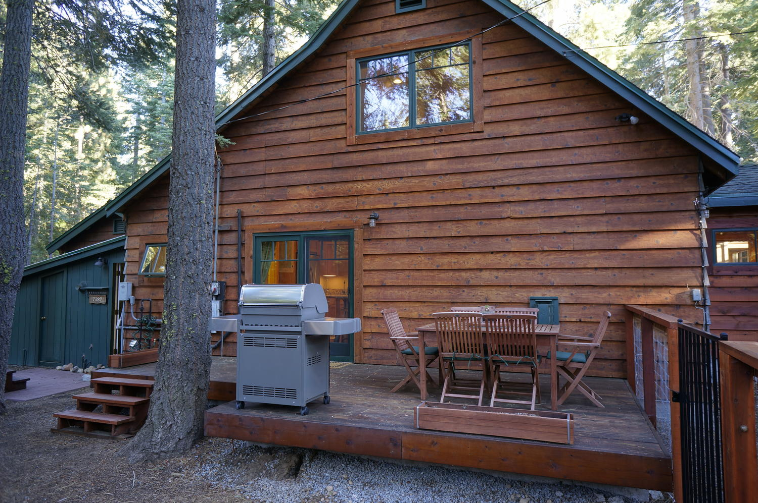 Lake tahoe rental west shore cozy cabin for Cabin rental tahoe