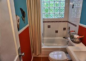Full size tub and shower