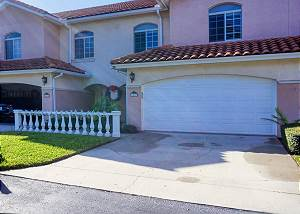 As you arrive to your Gulfport home there is parking in the garage and ample space in the driveway for guests.