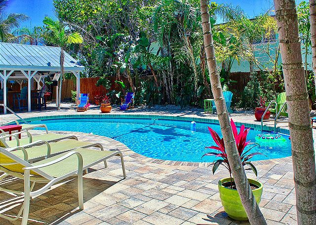 Coconut Grove Beach Resort units 5,6,7,&8, Pool and Wi-Fi