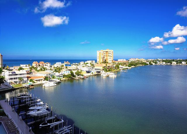 Redington Beach Yacht Club Penthouse