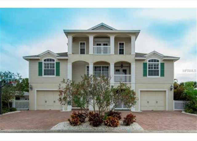 Elegant St. Pete Beach Home 3 bedroom, 2 Bath 232