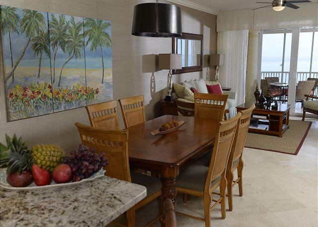 Villa 31 Dining
