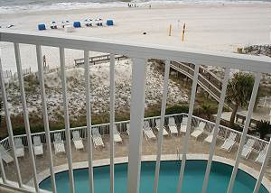 Pool below-Descriptive