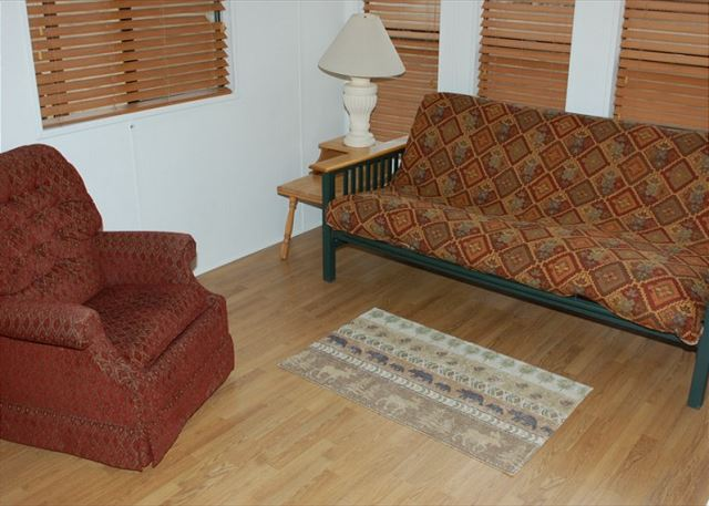 Cabins 31-38 LivingRoom