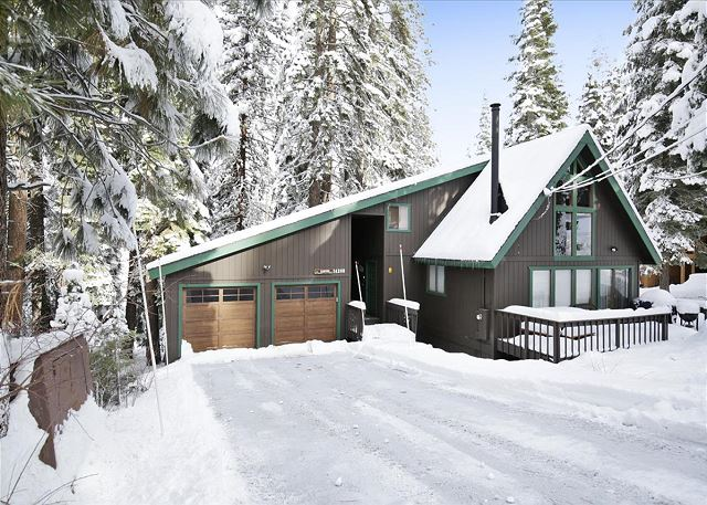 Kubichek's Tahoe Donner Truckee Home with Hot Tub