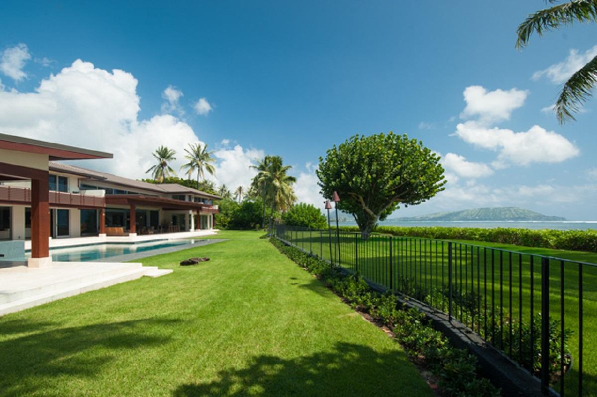 Ocean side lawn