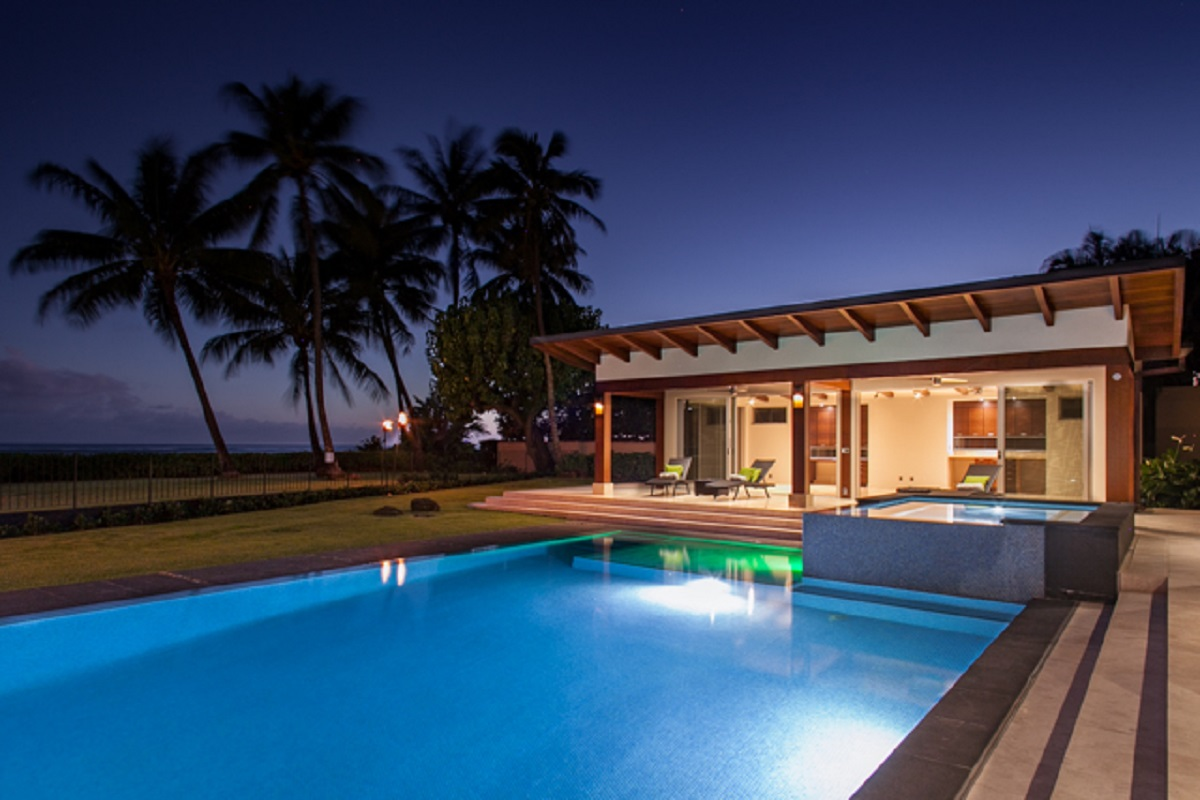 Pool and Jacuzzi by night.